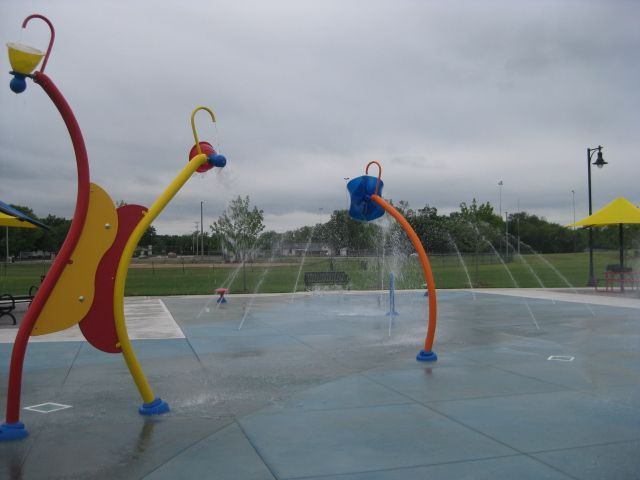 Splash pad colorful water features